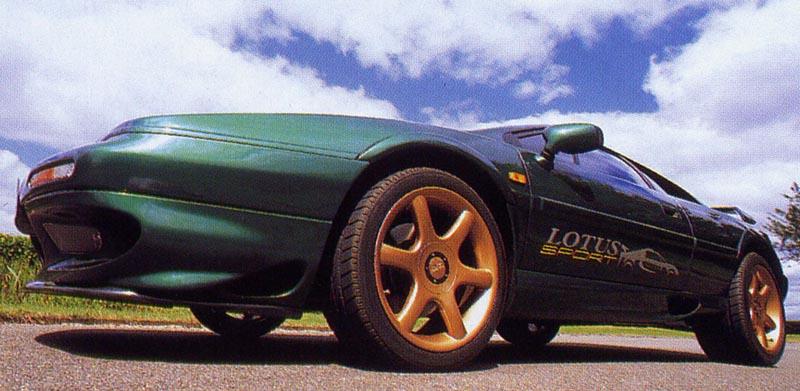 lotusespritv8safetycar.jpg